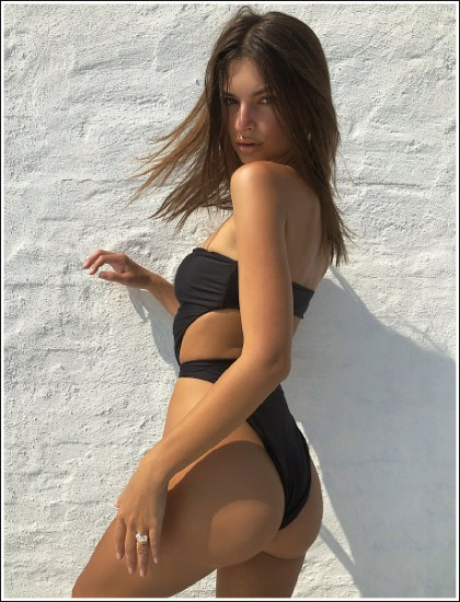 Emily Ratajkowski Busting Out Her Bootylicious Booty In A Skimpy Swimsuit