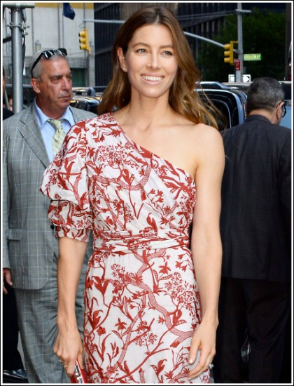 Jessica Biel Looking All Kinds Of Stunningly Sexy And Ultra Fit