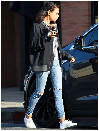 Mila Kunis Gets Leggy In Skin-Tight Jeans