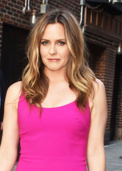 Alicia Silverstone says her son has 'never had to take medicine' due to their veganism