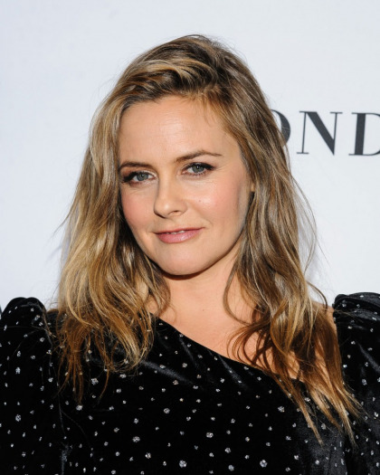 Alicia Silverstone's son 'knows when he eats well, he poops well'