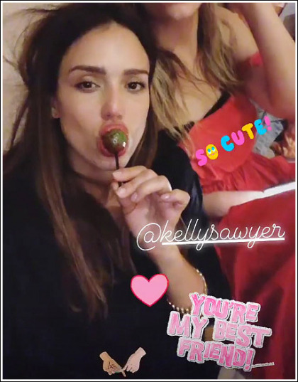 Jessica Alba Sucking On A Lollipop For 2019' Yes Please!