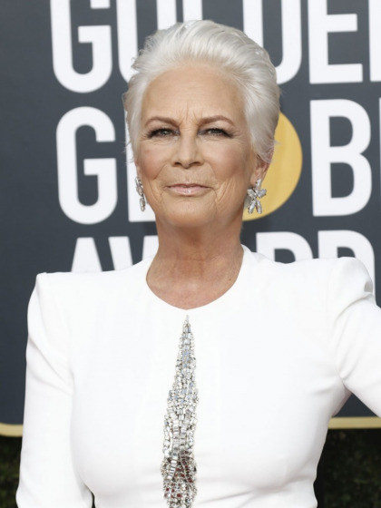 Jamie Lee Curtis in McQueen at the Globes: what's going on with her styling'