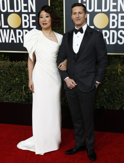 Sandra Oh was lovely, groundbreaking & super-earnest in Versace at the Globes