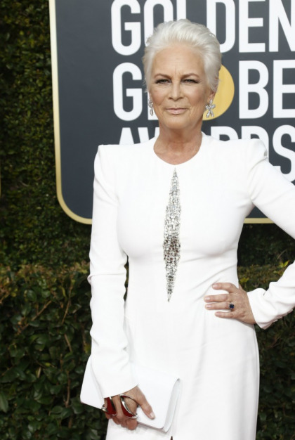 Jamie Lee Curtis calls out the Fiji Water girl for photobombing without permission