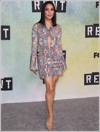 Vanessa Hudgens Puts On An Insanely Sexy Leg Show