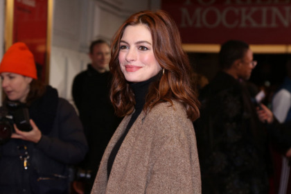 Anne Hathaway won't drink for the next 18 years for her son's sake
