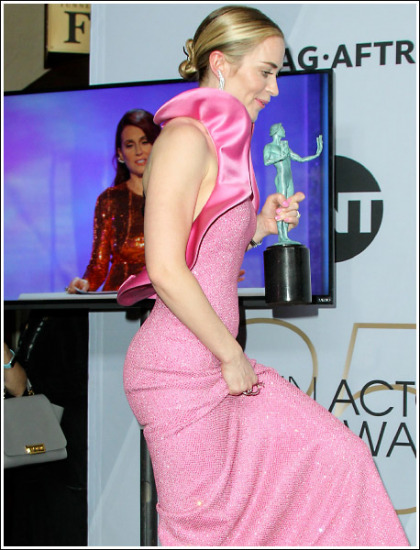 Emily Blunt Won Best Supporting Actress And Best Booty At The SAG Awards' WOW!