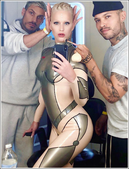 Katy Perry As A Sexy/Busty/Bootylicious Android' Yes Please!
