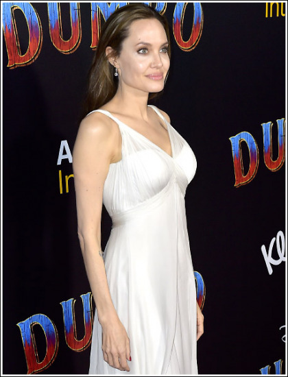 Angelina Jolie Still Looking Ridiculously Sexy And Busty!