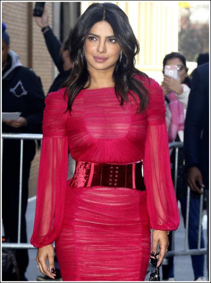 Priyanka Chopra Flashes Her Massive Braless Cleavage