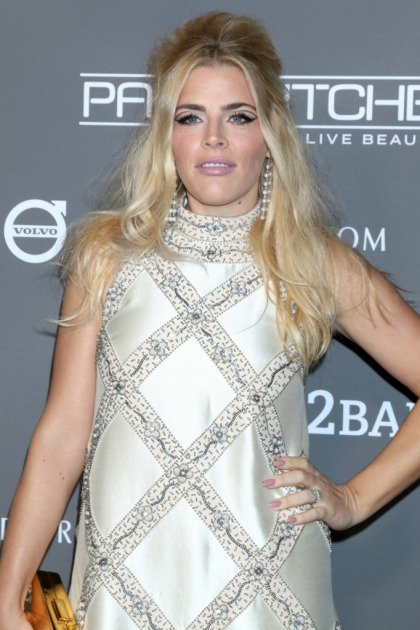 Busy Philipps' show canceled on E!: 'I have faith in me'
