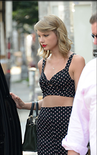 Celebrity Photo: Taylor Swift 1600x2570   465 kb Viewed 33 times @BestEyeCandy.com Added 21 days ago