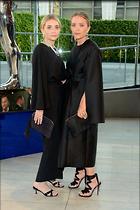 Celebrity Photo: Olsen Twins 500x751   72 kb Viewed 85 times @BestEyeCandy.com Added 68 days ago