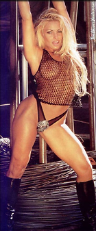 Celebrity Photo: Trish Stratus 400x962   59 kb Viewed 485 times @BestEyeCandy.com Added 93 days ago