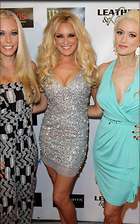 Celebrity Photo: Holly Madison 500x800   90 kb Viewed 57 times @BestEyeCandy.com Added 959 days ago