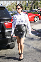 Celebrity Photo: Kourtney Kardashian 500x749   98 kb Viewed 16 times @BestEyeCandy.com Added 51 days ago
