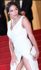 Celebrity Photo: Rosario Dawson 800x1371   198 kb Viewed 214 times @BestEyeCandy.com Added 618 days ago