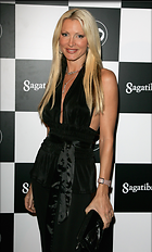 Celebrity Photo: Caprice Bourret 1808x3000   604 kb Viewed 587 times @BestEyeCandy.com Added 2941 days ago