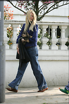 Celebrity Photo: Claudia Schiffer 1500x2250   330 kb Viewed 116 times @BestEyeCandy.com Added 2901 days ago