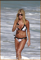 Celebrity Photo: Caprice Bourret 1000x1467   190 kb Viewed 610 times @BestEyeCandy.com Added 1872 days ago