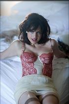 Celebrity Photo: Carla Gugino 1400x2100   230 kb Viewed 2.924 times @BestEyeCandy.com Added 2754 days ago