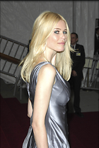 Celebrity Photo: Claudia Schiffer 2400x3600   551 kb Viewed 216 times @BestEyeCandy.com Added 3176 days ago