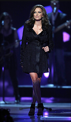 Celebrity Photo: Martina McBride 584x999   108 kb Viewed 7.032 times @BestEyeCandy.com Added 1737 days ago