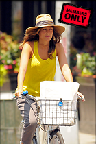 Celebrity Photo: Jennifer Esposito 2400x3600   1,097 kb Viewed 4 times @BestEyeCandy.com Added 844 days ago