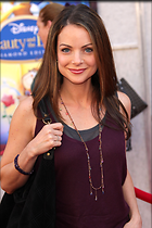 Celebrity Photo: Kimberly Williams Paisley 2000x3000   531 kb Viewed 509 times @BestEyeCandy.com Added 957 days ago