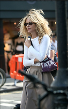 Celebrity Photo: Meg Ryan 500x802   94 kb Viewed 182 times @BestEyeCandy.com Added 2027 days ago