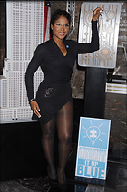 Celebrity Photo: Toni Braxton 2090x3168   944 kb Viewed 194 times @BestEyeCandy.com Added 947 days ago