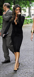 Celebrity Photo: Victoria Beckham 788x1780   140 kb Viewed 1.945 times @BestEyeCandy.com Added 3140 days ago