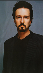 Celebrity Photo: Edward Norton 700x1167   97 kb Viewed 221 times @BestEyeCandy.com Added 2729 days ago