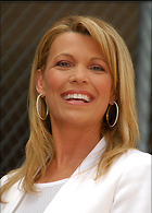 Celebrity Photo: Vanna White 2550x3557   731 kb Viewed 810 times @BestEyeCandy.com Added 1108 days ago