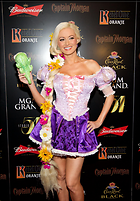 Celebrity Photo: Holly Madison 1879x2700   800 kb Viewed 71 times @BestEyeCandy.com Added 1157 days ago