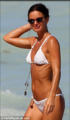 Celebrity Photo: Gabrielle Anwar 306x525   39 kb Viewed 756 times @BestEyeCandy.com Added 721 days ago