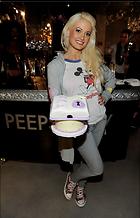 Celebrity Photo: Holly Madison 1929x3000   489 kb Viewed 93 times @BestEyeCandy.com Added 903 days ago