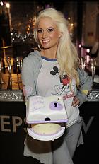 Celebrity Photo: Holly Madison 1814x3000   502 kb Viewed 109 times @BestEyeCandy.com Added 903 days ago