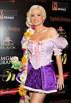 Celebrity Photo: Holly Madison 1854x2700   931 kb Viewed 94 times @BestEyeCandy.com Added 1157 days ago