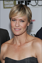 Celebrity Photo: Robin Wright Penn 2000x3000   712 kb Viewed 227 times @BestEyeCandy.com Added 1043 days ago