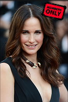 Celebrity Photo: Andie MacDowell 1997x3000   1,004 kb Viewed 19 times @BestEyeCandy.com Added 763 days ago