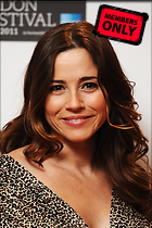 Celebrity Photo: Linda Cardellini 1996x3000   1.2 mb Viewed 12 times @BestEyeCandy.com Added 971 days ago
