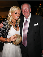 Celebrity Photo: Holly Madison 600x806   155 kb Viewed 54 times @BestEyeCandy.com Added 1157 days ago