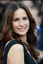 Celebrity Photo: Andie MacDowell 2022x3000   995 kb Viewed 285 times @BestEyeCandy.com Added 625 days ago