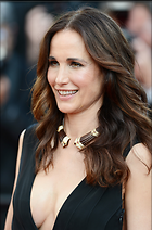 Celebrity Photo: Andie MacDowell 1980x3000   970 kb Viewed 610 times @BestEyeCandy.com Added 625 days ago