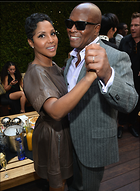 Celebrity Photo: Toni Braxton 749x1024   234 kb Viewed 36 times @BestEyeCandy.com Added 281 days ago
