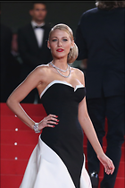 Celebrity Photo: Blake Lively 1294x1942   351 kb Viewed 86 times @BestEyeCandy.com Added 78 days ago