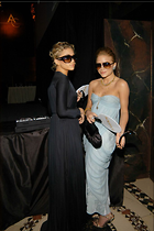 Celebrity Photo: Olsen Twins 683x1024   80 kb Viewed 40 times @BestEyeCandy.com Added 137 days ago