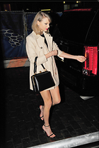 Celebrity Photo: Taylor Swift 2395x3600   592 kb Viewed 55 times @BestEyeCandy.com Added 41 days ago